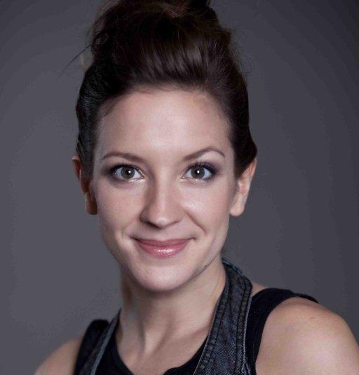 Lara Grunfeld Speelt Maria In Rotterdamse Jcs