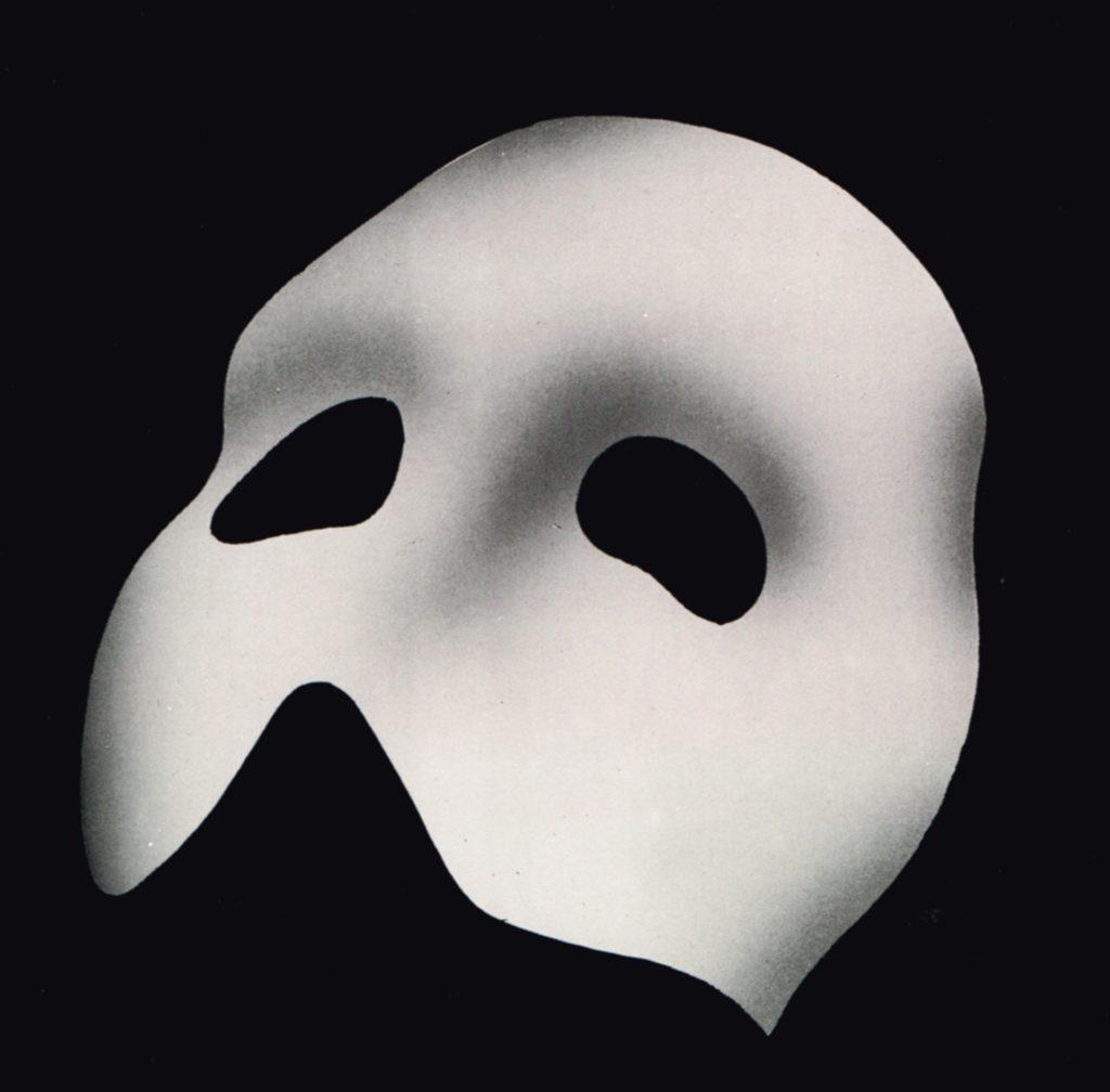 Universal brengt Phantom en The Hunchback naar het witte doek