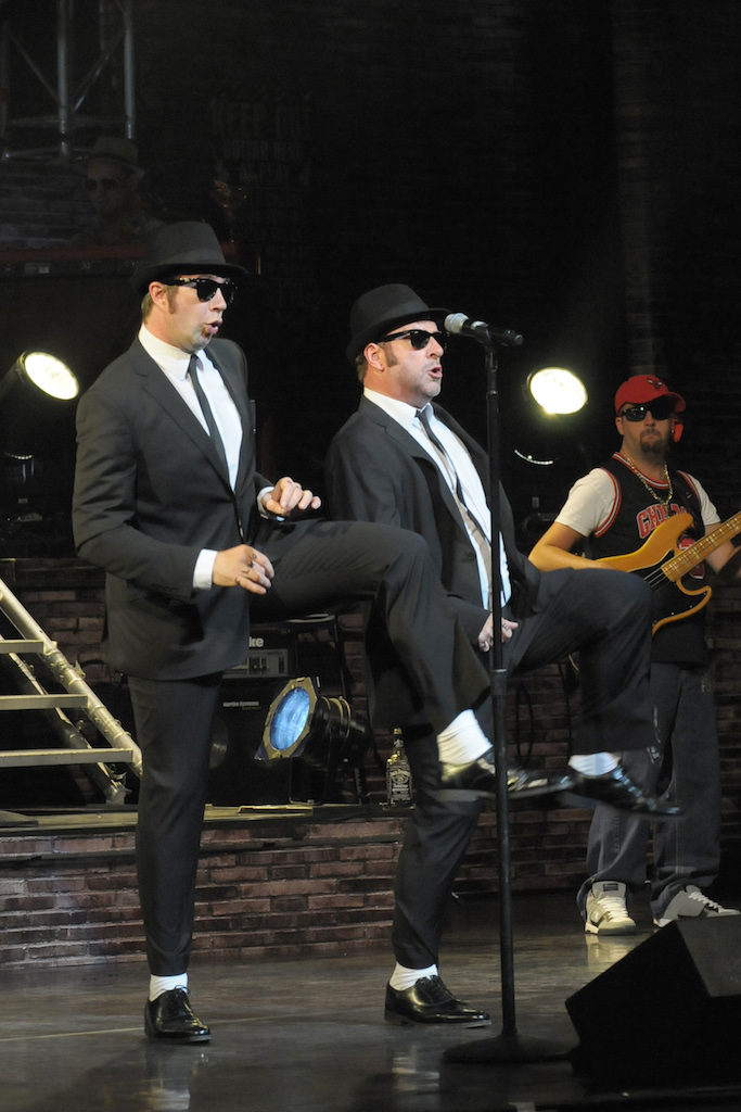 West End cast 'Blues Brothers' met spetterende hit-show terug in Nederland
