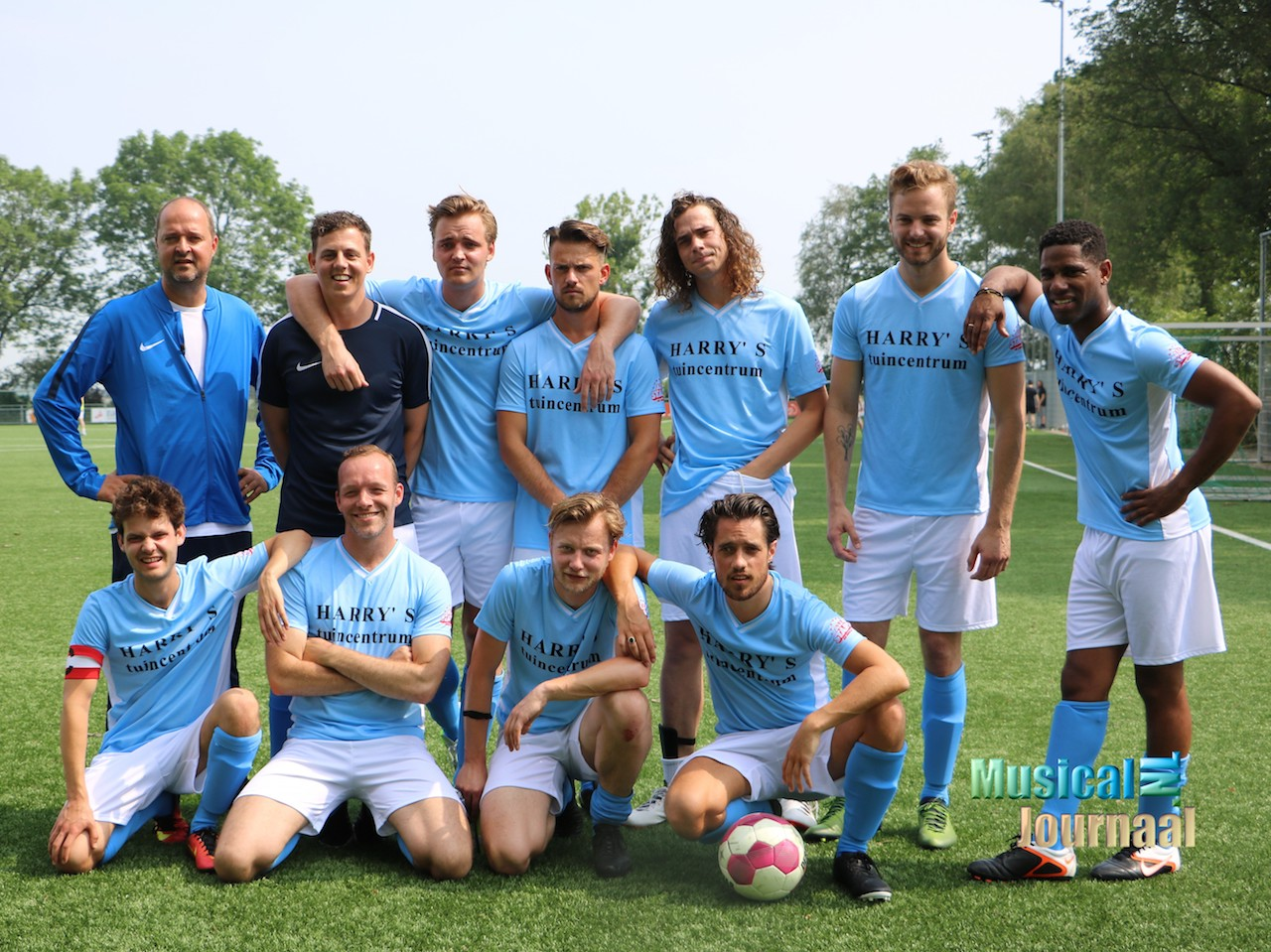 All Stars cast wint allereerste All Stars Voetbaltoernooi!