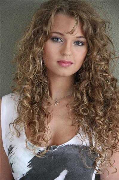 Tessa Sunniva van Tol (Custom)
