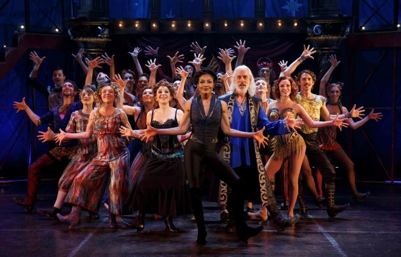 Carré haalt Broadway hitmusical PIPPIN naar Nederland