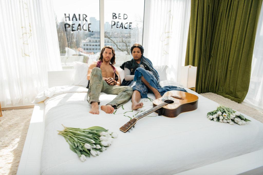 'Hair' doet oude tijden herleven in het Hilton Hotel Amsterdam