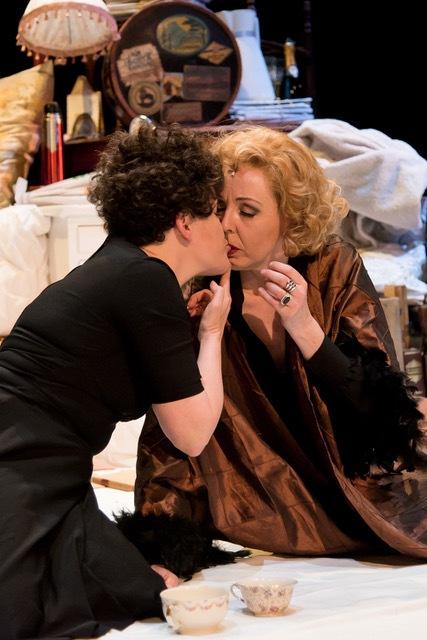 Extra kerstvoorstellingen 'In bed met Dietrich en Piaf'
