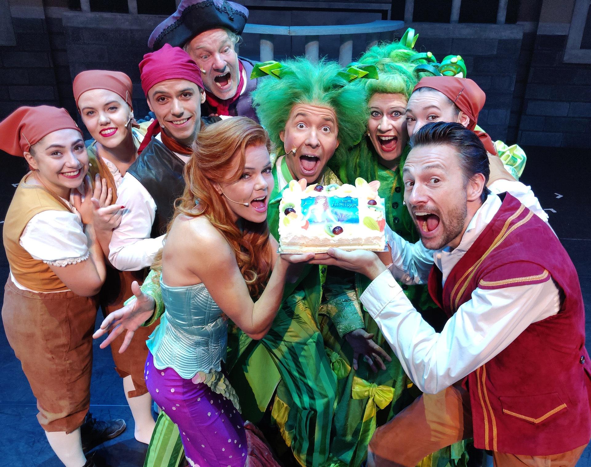 Theatersucces Voor De Kleine Zeemeermin De Musical Musicaljournaal