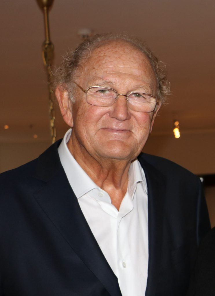 Joop van den Ende reikt award uit voor beste amateur musical