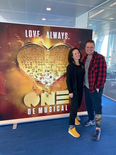 Amerikaanse regisseur in Aalsmeer voor audities 'ONE de Musical'
