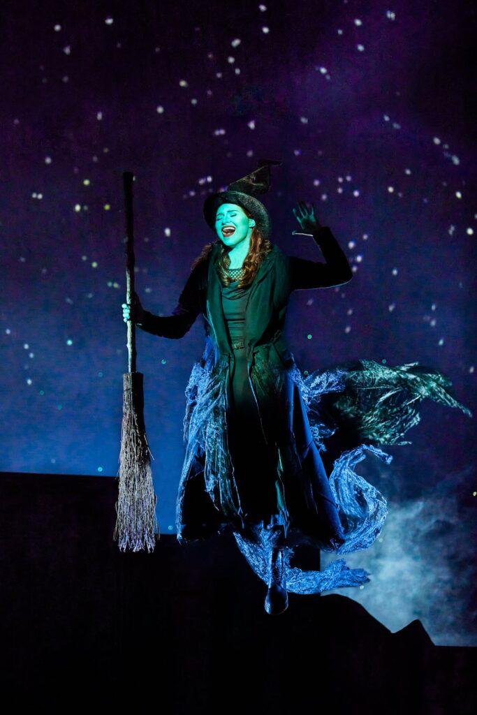 Stage Entertainment Duitsland heropent theaters met première van 'Wicked'